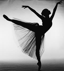 Image Credit: http://becuo.com/black-and-white-ballet-photography